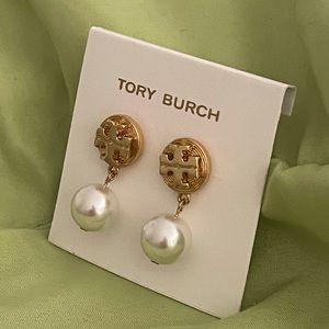 Tory Burch gold circular logo pearl drop earrings